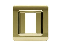 Placca in tecnopolimero per scatola tonda o quadrataPlacca quadrata TP 44   Ottone lucido - AVE