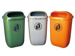 Portarifiuti in plastica con coperchio per esterniPortarifiuti in polietilene - LAZZARI SRL