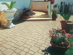 Pavimento per esterni carrabile in graniglia QUADROTTO -