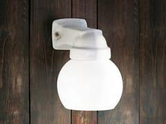 Lampada da parete in ceramica con braccio fissoQUARANTA | Lampada da parete in ceramica - ALDO BERNARDI