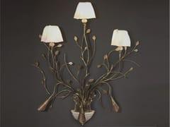 Lampada da parete fatta a mano in ferro battutoRAMI - OFFICINACIANI DI CATERINA CIANI & CO.