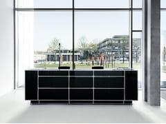 Banco reception modulare in vetroBanco reception - DAUPHIN HUMAN DESIGN® GROUP