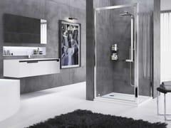 Box doccia angolare con porta a battenteROSE ROSSE | G + F - NOVELLINI