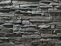 Rivestimento in pietra ricostruitaSCAGLIA P16 | Grigio Perla - GEOPIETRA