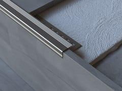 Profilo paragradino in alluminioSCALA-T - MOX ALUMINIUM PROFILE SYSTEMS