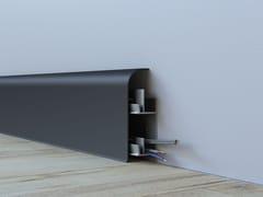 Battiscopa in alluminio SENTIO -