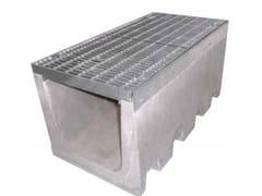 GRIDIRON GRIGLIATI, SERIE R495 Canale in cemento vibrocompresso