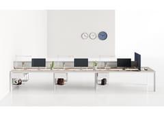 Bench a 7 con mensola centraleSEVENTY SEVEN | Postazione di lavoro con pannelli divisori - CENTRUFFICIO LORETO