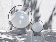 LAMPADA DA TAVOLO A LED IN VETRO SOFFIATO E BASE IN CEMENTOSFERA PORTABLE   LAMPADA DA TAVOLO - BROKIS