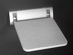 Sedile doccia ribaltabile in Akron©SHOW | Sedile doccia - CONSTRUPLAS