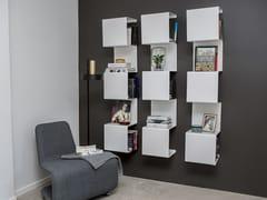 Libreria a parete in alluminio verniciato a polvereSHOWCASE#1 - ANNE LINDE