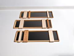 Specchio con cornice da pareteSLIDER - HOOKL UND STOOL