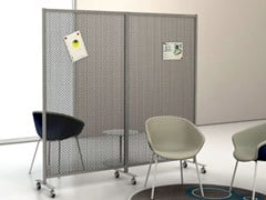 Divisorio ufficio mobile in metallo su ruoteSLIM FLOOR MICROFORATA - STUDIO T