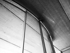 Vetrata in alluminio ad ante curveSERRAMENTO CURVO - OTIIMA