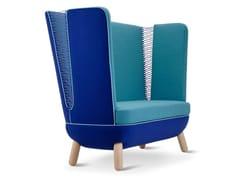 Divano imbottito in tessuto in stile moderno con schienale alto per contractSLY HIGH | Divano con schienale alto - ADRENALINA