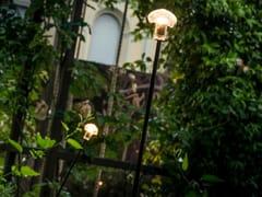 Lampada da terra per esterno a LED in vetroSTELO - ALBUM ITALIA