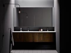 Mobile lavabo componibile in legno con ante STRATO | Mobile lavabo con specchio - Strato