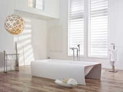 Vasca da bagno centro stanza in Cristalplant®STRIP - ACQUADESIGN STUDIO
