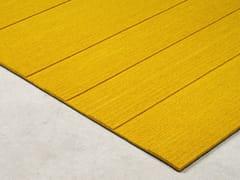 Tappeto fatto a mano rettangolare in feltro di lanaSTRIPES | Tappeto in feltro di lana - BUXKIN