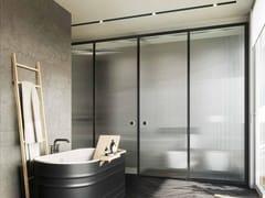 VISMARAVETRO, SUITE Box doccia a nicchia in alluminio e vetro con porta a battente