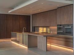 Cucina lineare su due lati con isola e tavolo adiacenteT45   Cucina con isola - TM ITALIA CUCINE