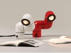 Lampada da scrivania a LED orientabile in ABSTATU | Lampada da scrivania - SANTA & COLE NEOSERIES