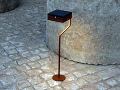 Lampada da terra per esterno ad energia solare in acciaio con vernice epossidicaTEE | Lampada da terra per esterno - ARALIA - LYX-LUMINAIRES