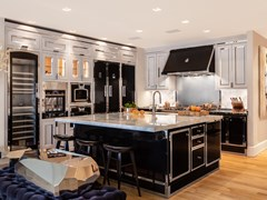 Cucina professionale in acciaio con isolaTHE ART GALLERY - OFFICINE GULLO