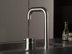 Miscelatore da cucina in acciaio inox con doccetta estraibile TIDE OVER | Miscelatore da cucina a due fori -