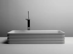 Lavabo da appoggio rettangolare singolo in ceramicaTRACE | Lavabo rettangolare - VALDAMA
