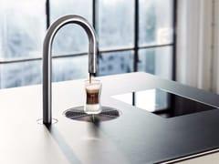 Macchina da caffè in acciaio inox con controllo da appTopBrewer - SCANOMAT
