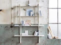 Libreria a parete componibile in alluminioUNLIMITED - ATELIER BELGE