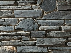 Rivestimento in pietra ricostruitaVALDOSTANO P76 | Grigio Scuro - GEOPIETRA