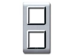Placca in tecnopolimero per scatola tonda o quadrataVerticale tonda / quadra TP 44 | Alluminio - AVE