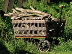 TRADEWINDS, WAGON WITH BASKET Carrello da giardino