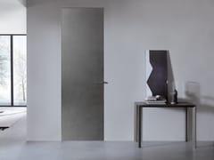 Porta a filo muro in metallo con cerniere a scomparsaWALLDOOR SURFACE METALLI - BERTOLOTTO