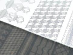 Perforazione smart su PET biancoWHITE SP - FOCAL DESIGN