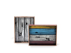 Vassoio dipinto in compensatoWRONGWOODS TRAY - ESTABLISHED & SONS