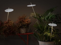 Lampada da terra a LED in alluminioXANA - KARMAN