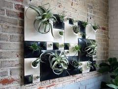 Vaso da parete modulare in gres ceramicoZEBRA WALL - PANDEMIC DESIGN STUDIO