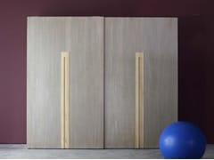 Armadio in legno massello con ante scorrevoli ZERO.16 | Armadio in legno massello - Zero.16
