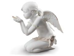 Soprammobile in porcellanaA FANTASY BREATH ANGEL - LLADRÓ
