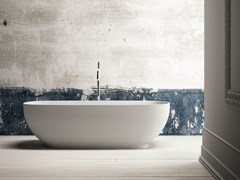 Vasca da bagno centro stanza ovale in KsolidALEXIA - KAROL ITALIA