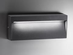 Lampada da parete per esterno a LED in alluminioBOTTOM | Lampada da parete per esterno in alluminio - AILATI LIGHTS BY ZAFFERANO