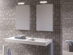 DDL, ANTA | Specchio con illuminazione integrata  Specchio con illuminazione integrata