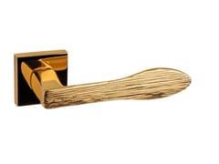 Maniglia in ottone su rosetta ARROW JEWELLERY | Maniglia -