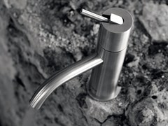 Miscelatore per lavabo da piano monocomando in acciaio inox AYATI | Miscelatore per lavabo da piano - Ayati