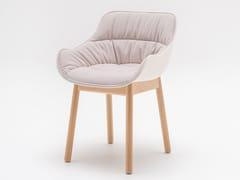 Sedia in tessuto con base in legno e con braccioliBALTIC SOFT | Sedia in tessuto - MDD