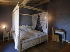 Letto matrimoniale in legno a baldacchinoLetto 8 - GARDEN HOUSE LAZZERINI