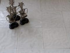 Pavimento/rivestimento in pietra naturale per interni ed esterniBIANCO ASIAGO SAFFRON MARBLE - STONE AGE PVT. LTD.